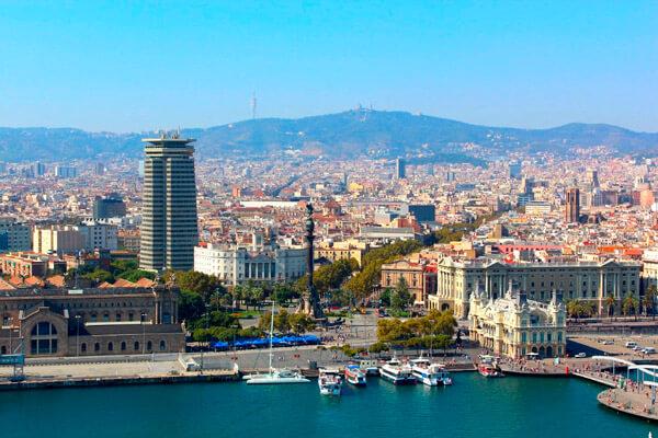 torre eiffel en barcelona