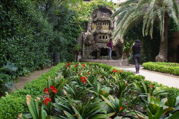Jardines de la tamarita la rambla barcelona - Jardines de barcelona ...
