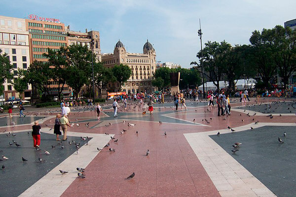 plazas de barcelona.