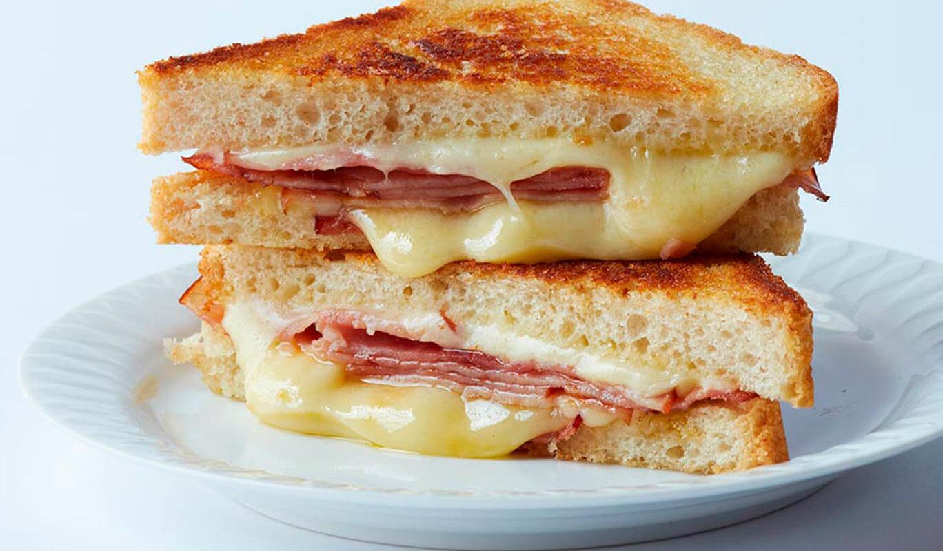 sandwich-mixto-bikini-1-1368x800.jpg